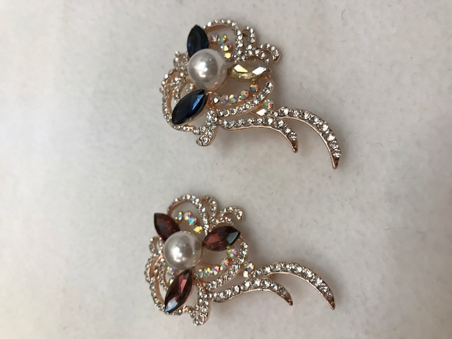 assorted color rhinestone brooch with pearl