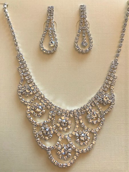 rhinestones necklace with matching earring